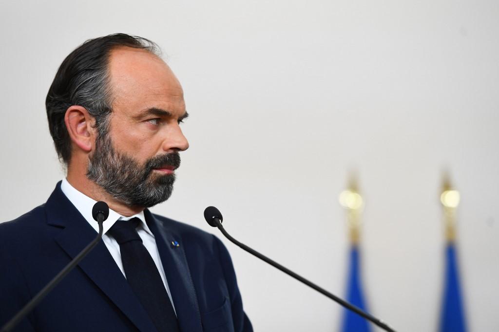 """Philippe confirme un déconfinement """"progressif"""" dans une France coupée en deux"""