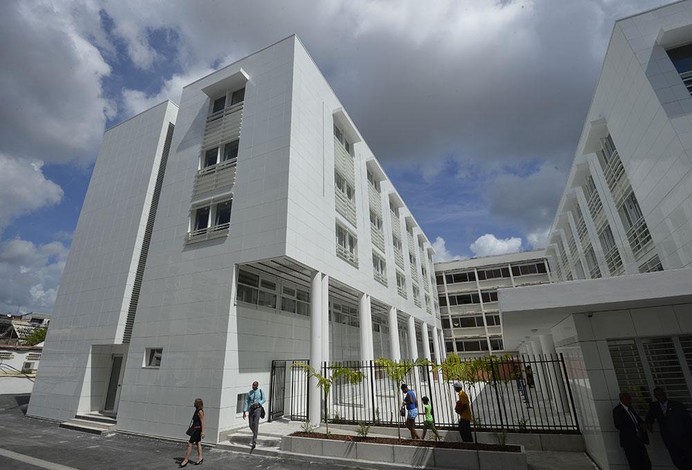 Coronavirus: couvre-feu levé en Martinique après une décision de justice