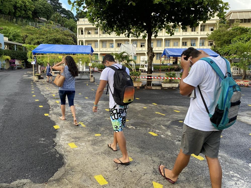 Volontariat, distanciation sociale et mesures barrières... Des nouvelles habitudes à prendre pour les élèves du fenua.