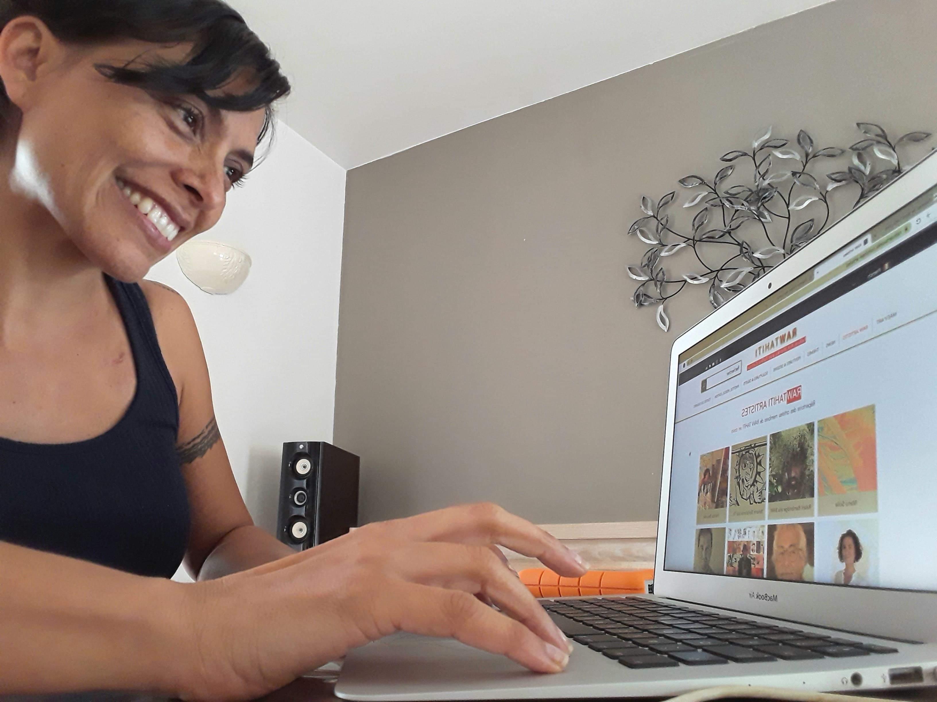 L'art en ligne, en vente et en location