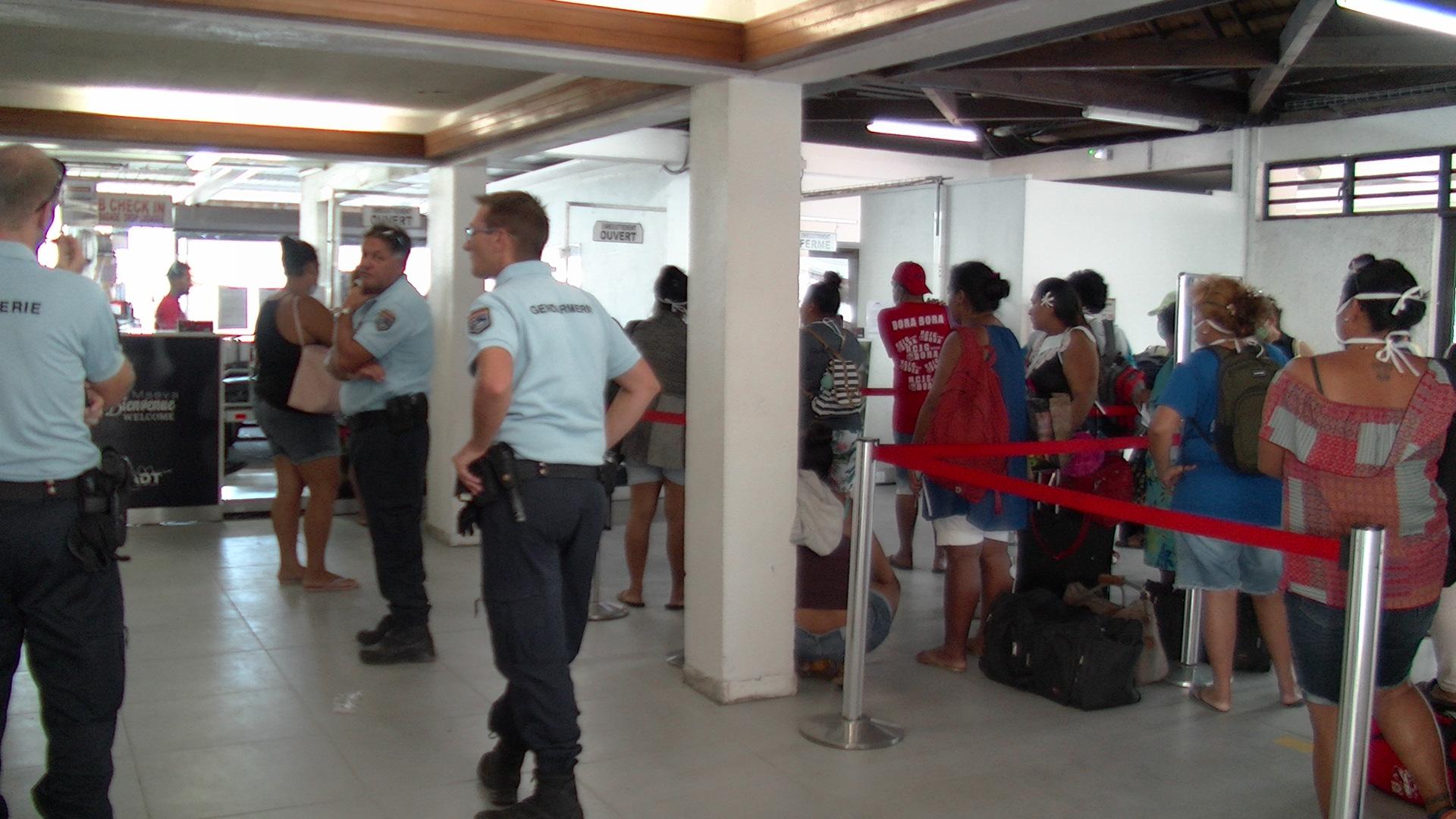 Arrivée du premier vol Air Tahiti sur l'île sacrée