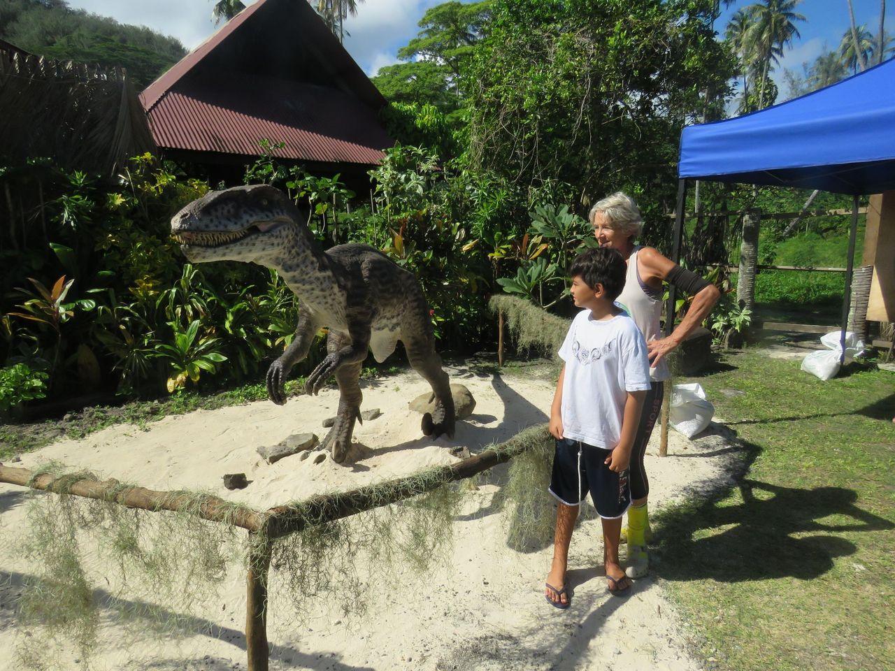 Une réouverture monstrueuse au Tiki Village