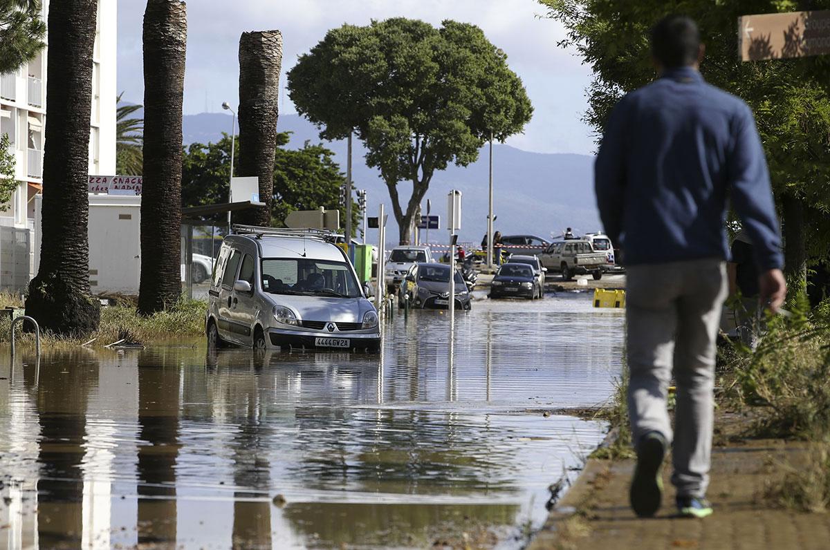 Pluies torrentielles à Ajaccio: 200 personnes mises en sécurité, selon les pompiers