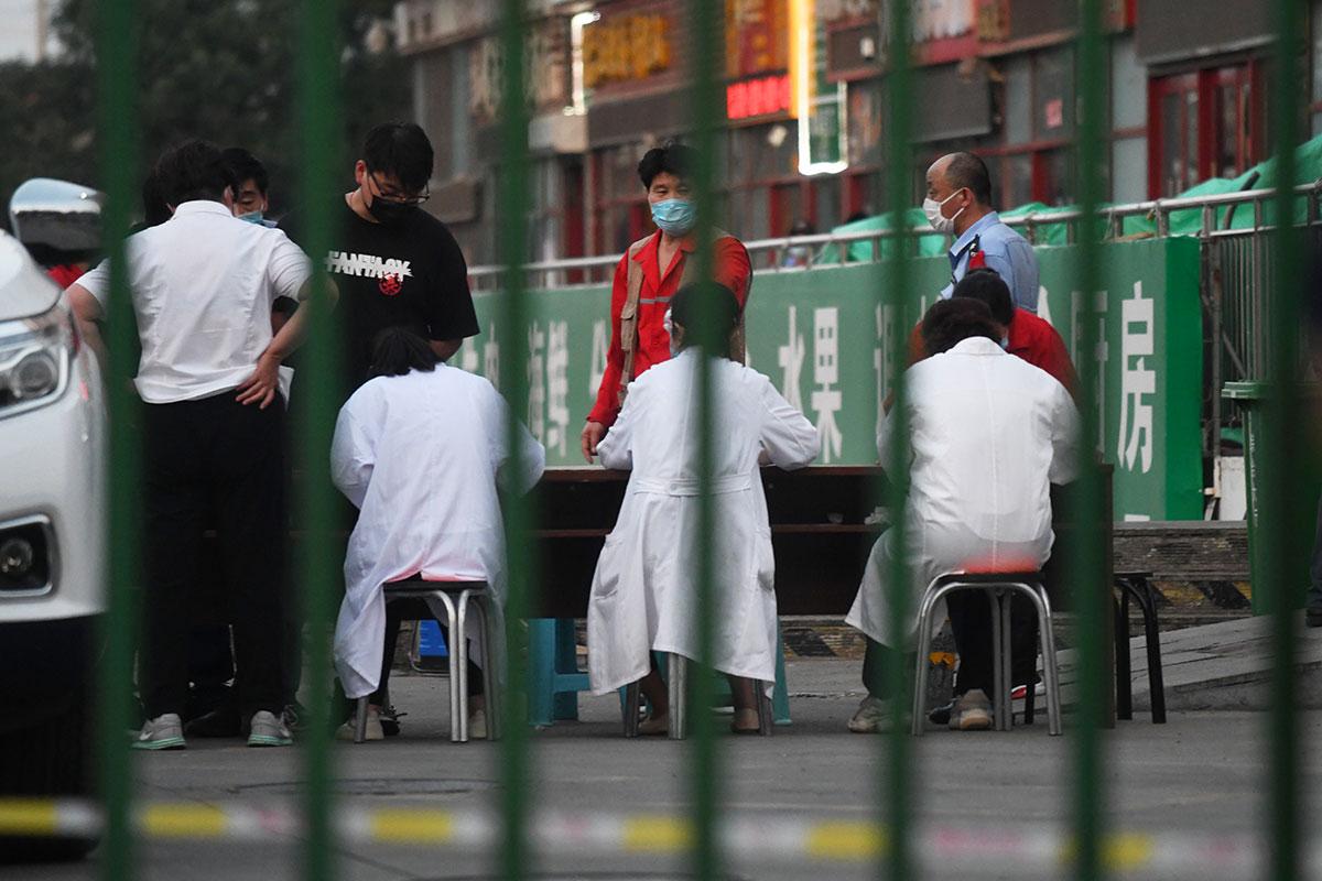 Virus: Pékin en alerte après l'apparition de trois nouveaux cas