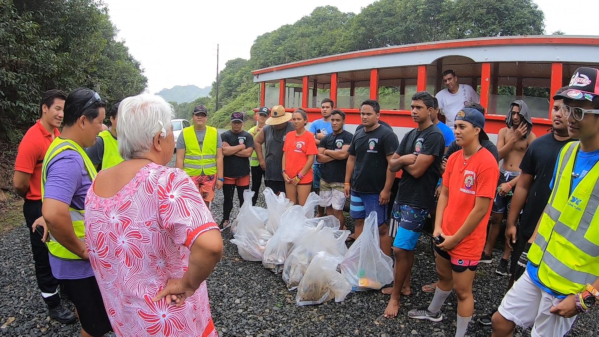 Sortie scolaire éco-citoyenne à Raiatea