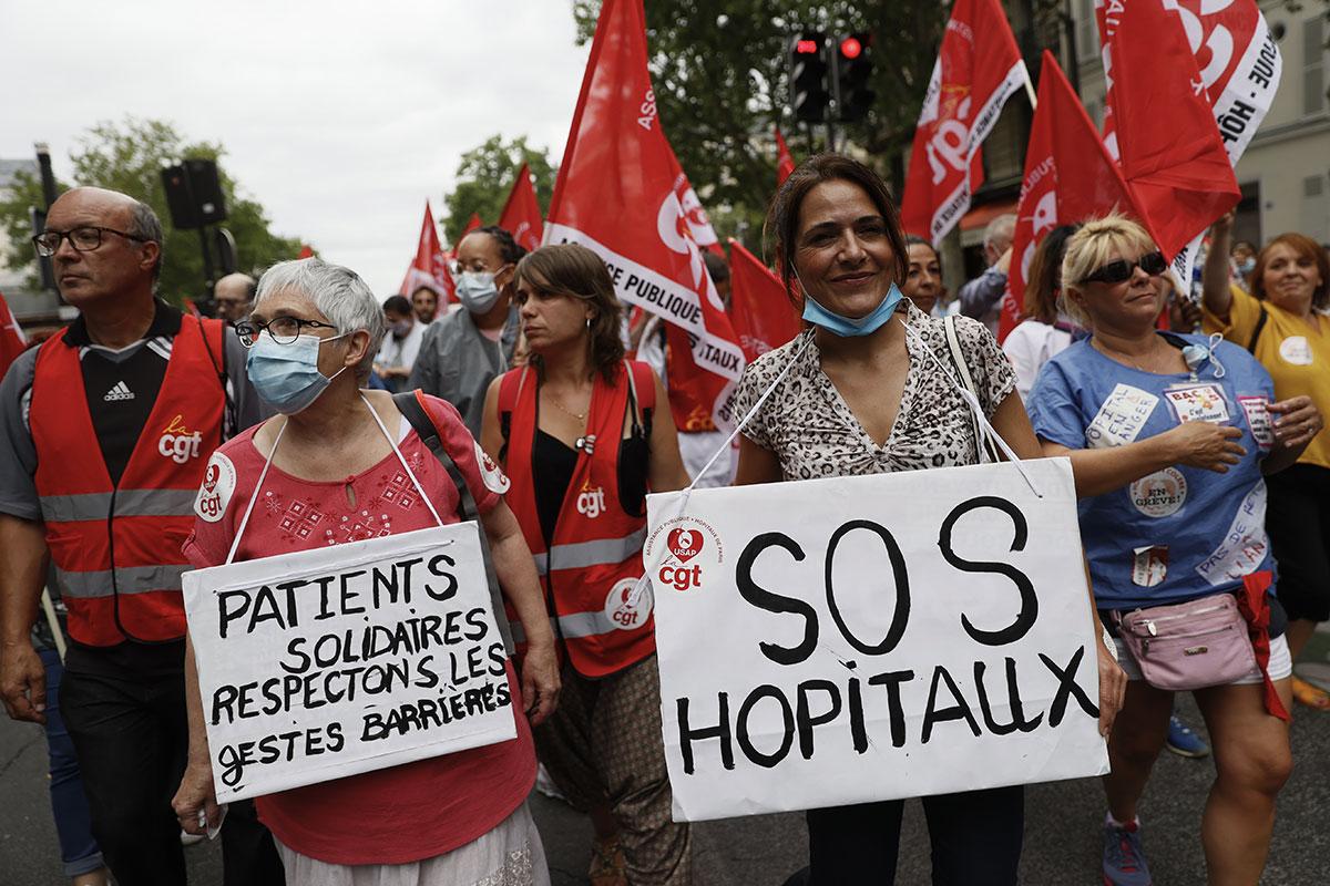 L'hôpital redescend dans la rue, pour quelques milliards de plus