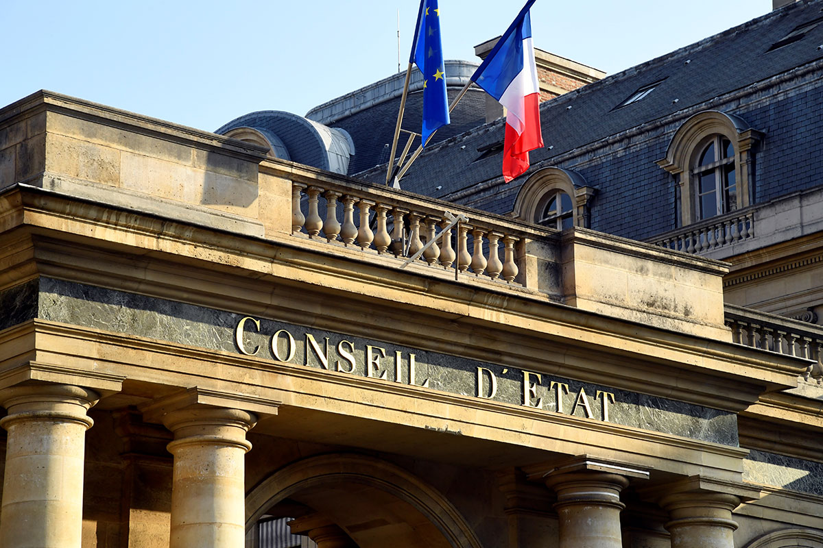 Le Conseil d'Etat rétablit le droit de manifester sans autorisation, à moins de 5.000 personnes