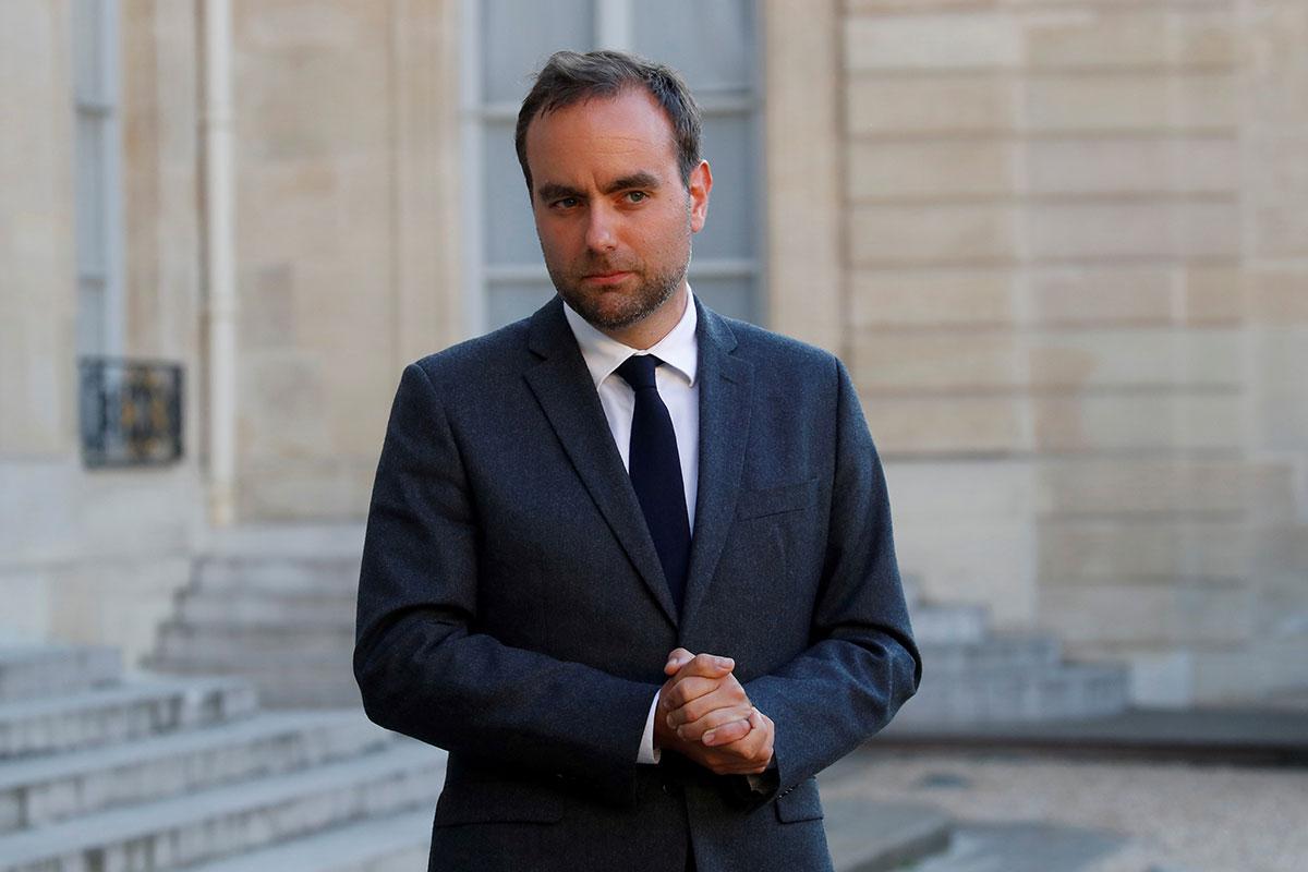 """""""Les Outre-mer c'est une affaire de coeur, et du coeur j'en ai"""", affirme Sébastien Lecornu"""