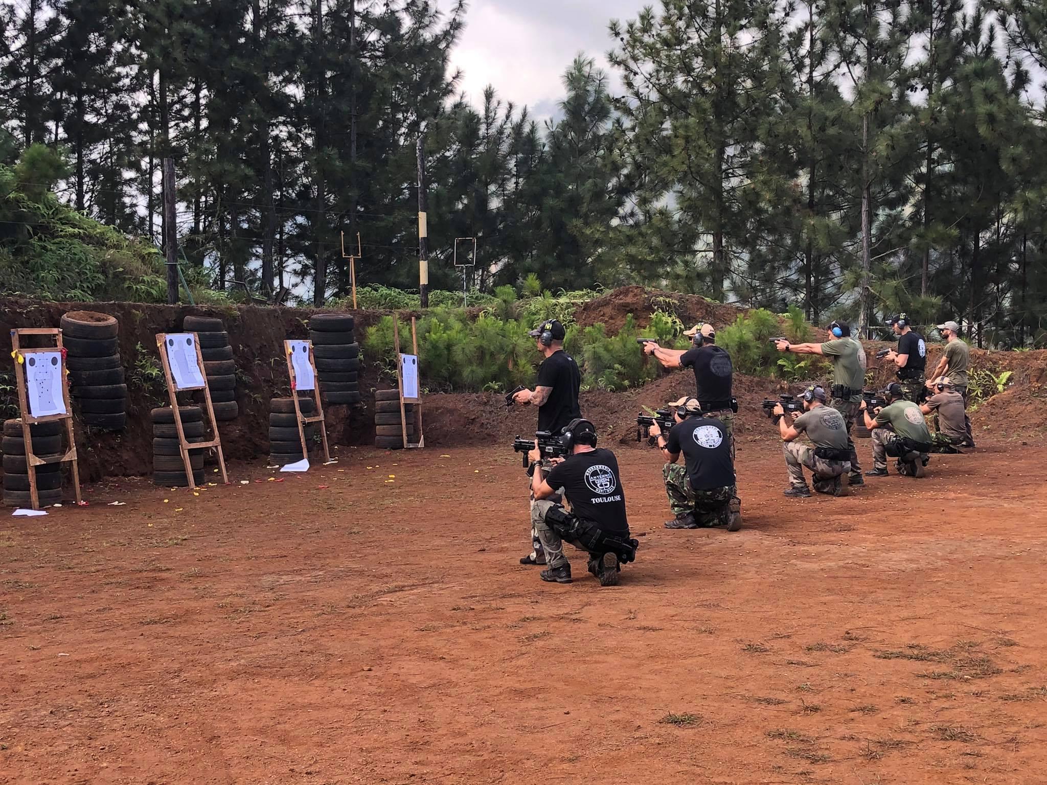 Là où ils s'entraînent, les gendarmes de l'AGIGN bénéficient du calme et de la discrétion nécessaires à la préparation de leurs missions qui se font souvent dans un contexte de tension et de rapidité.