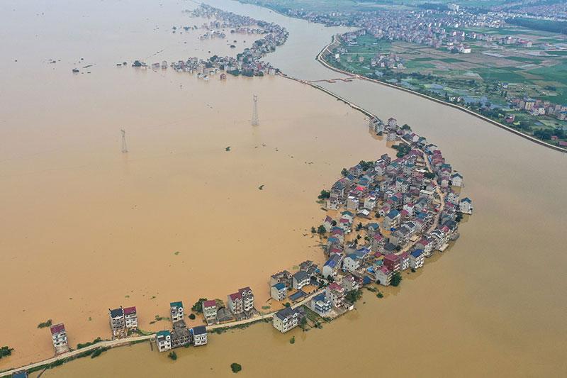 Inondations en Chine: 140 morts ou disparus, Wuhan menacée