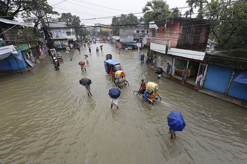 Mousson: un tiers du Bangladesh sous l'eau d'inondations