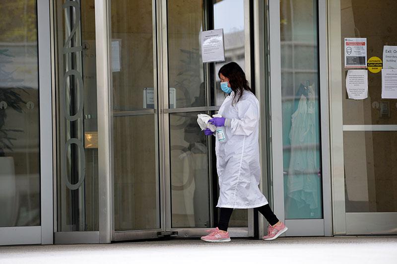 Coronavirus: progrès vers un vaccin aux Etats-Unis, reconfinements dans plusieurs pays