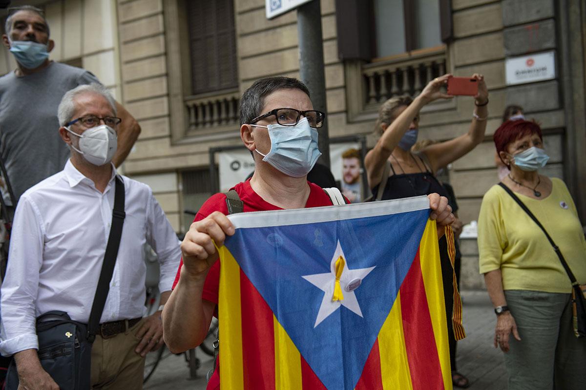 Coronavirus: les Barcelonais appelés à rester chez eux devant la hausse des cas