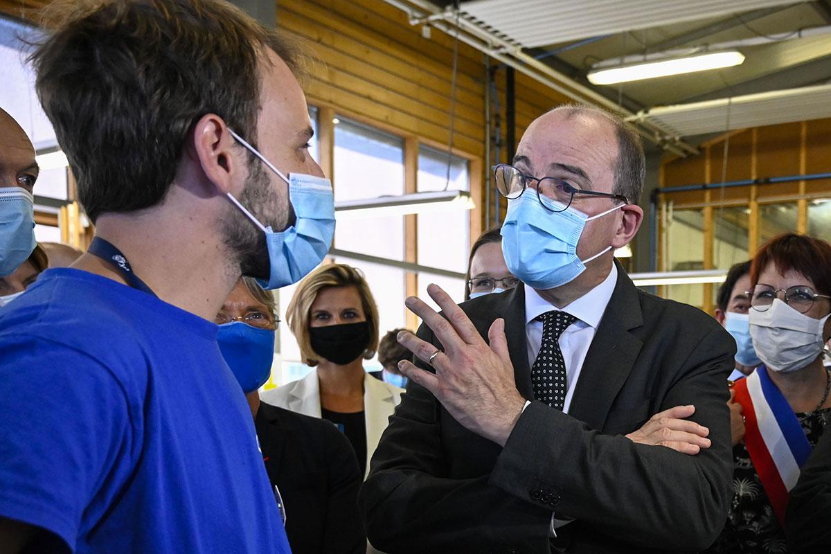 """Emploi des jeunes: Castex annonce un plan à 6,5 milliards pour """"mettre le paquet"""""""