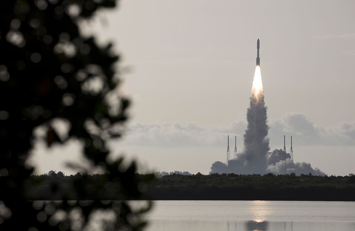 La Nasa lance son rover Perseverance vers Mars pour y chercher des traces de vie