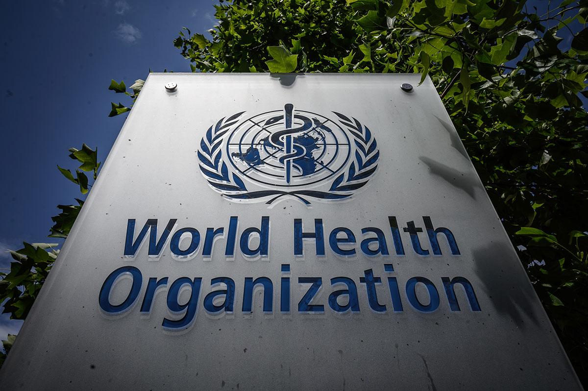Coronavirus: la pandémie s'accélère dans le monde, pas de solution miracle, selon l'OMS