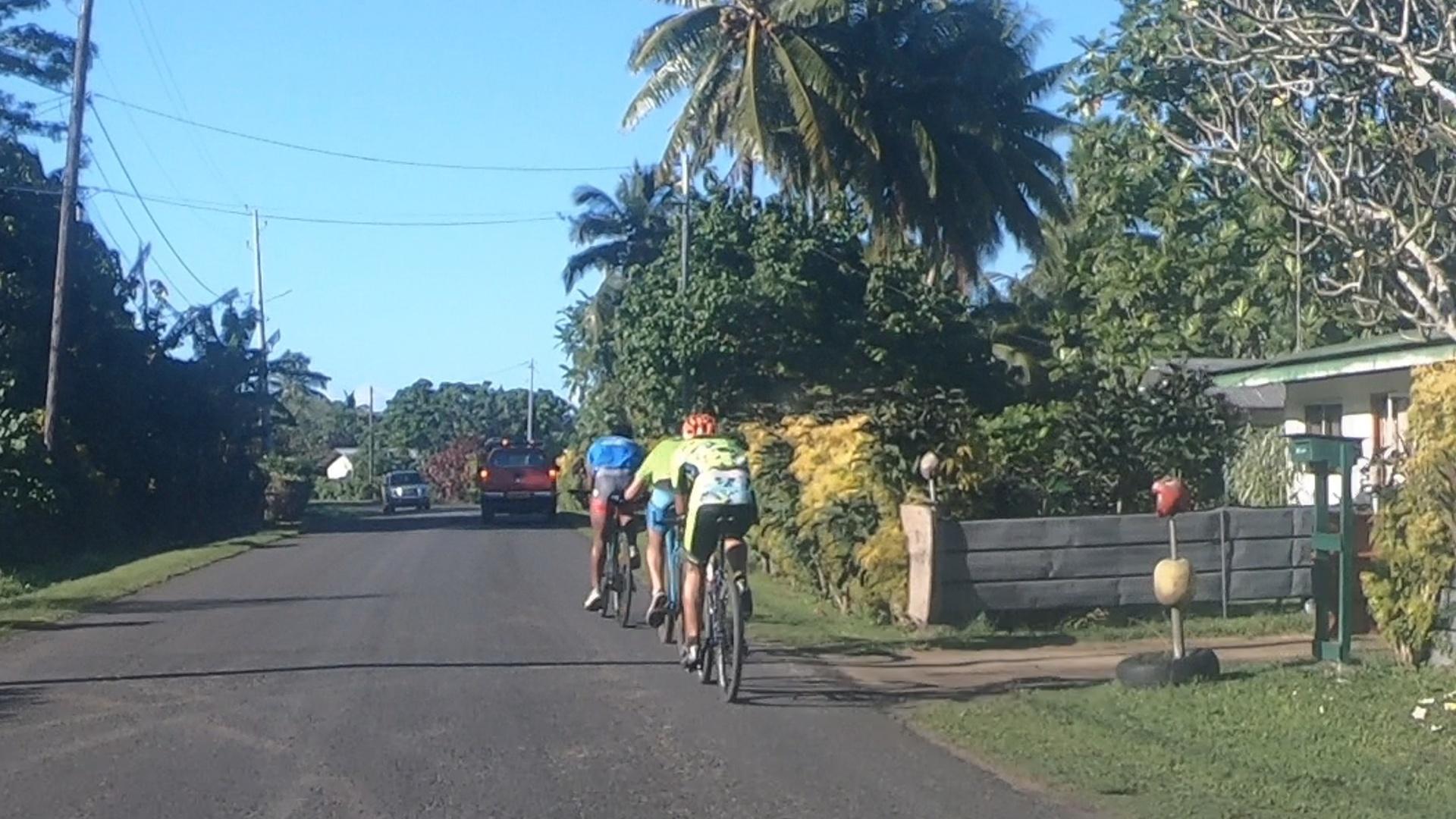Tour de l'île et clap de fin à Tumara'a