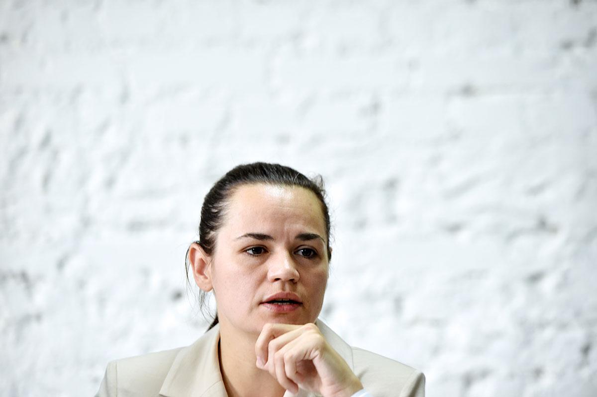 La rivale du président bélarusse lui demande de céder le pouvoir
