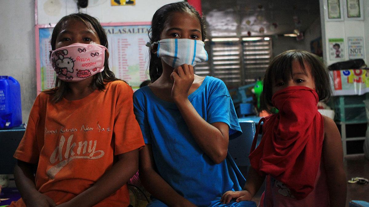 Coronavirus: les Philippines reportent la rentrée scolaire