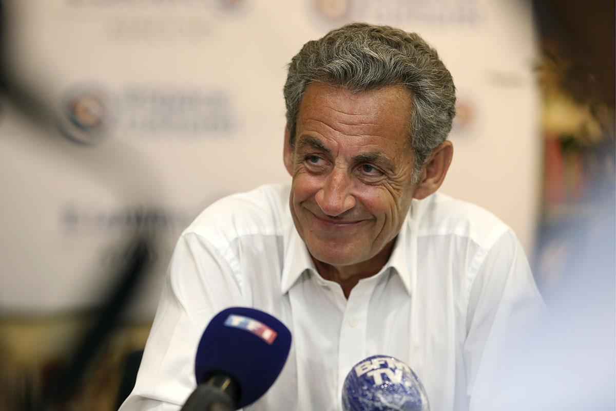 Le livre de Nicolas Sarkozy numéro un des ventes