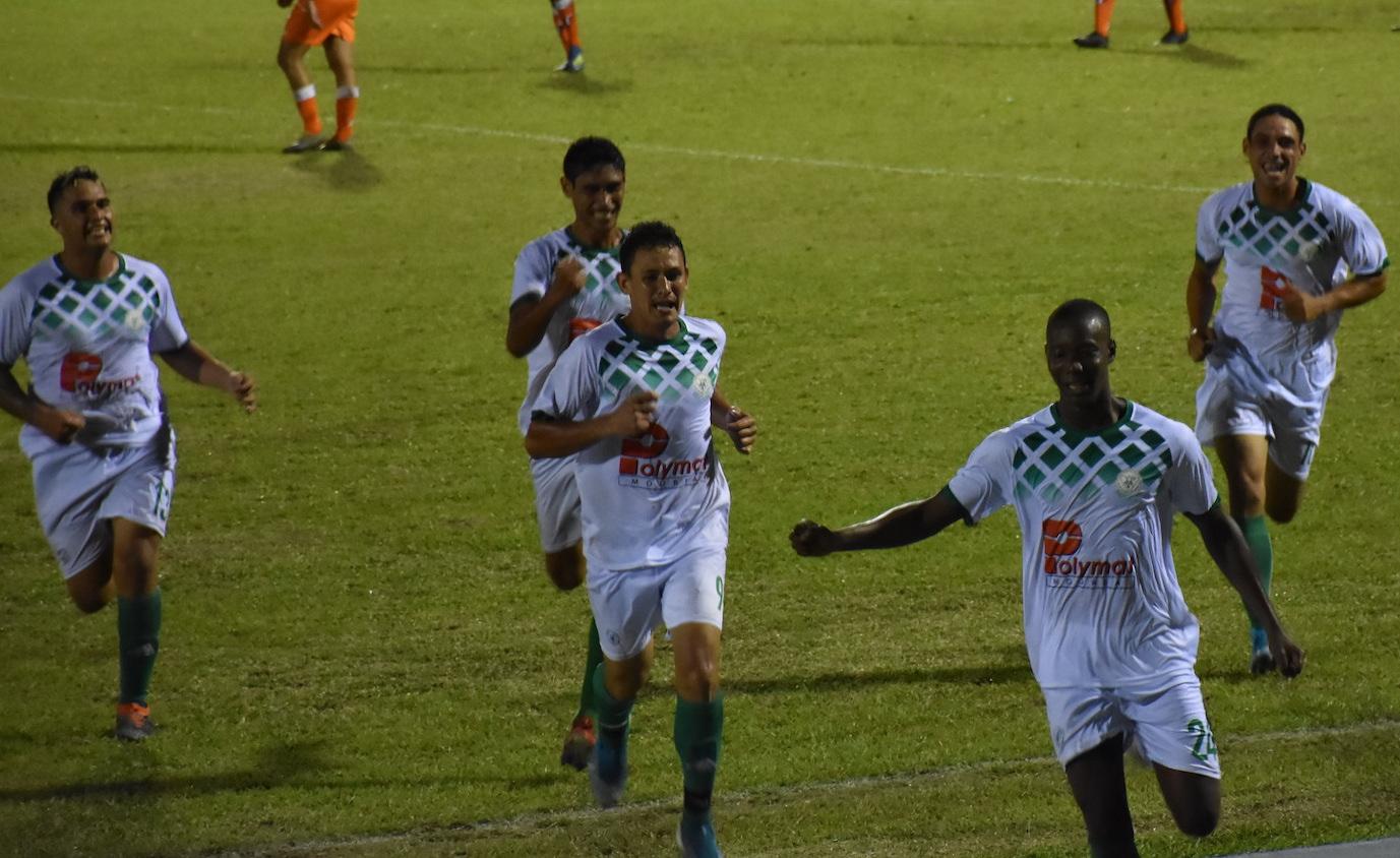 L'AS Tiare Tahiti lors de sa victoire en quarts de finale de la Coupe de Polynésie face à l'AS Pirae (3-1).