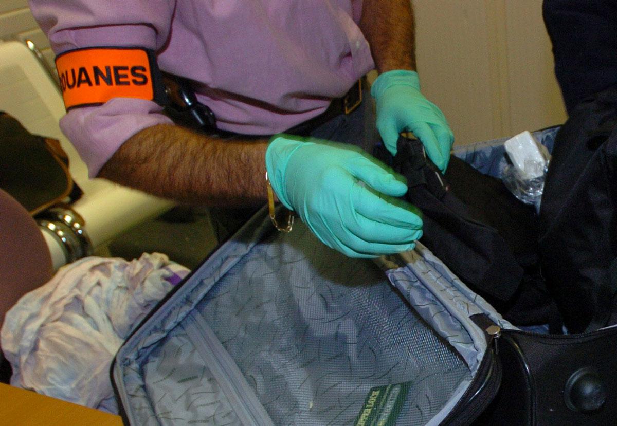 Cocaïne retrouvée dans sa valise: l'élu guyanais finalement pas mis en examen pour trafic