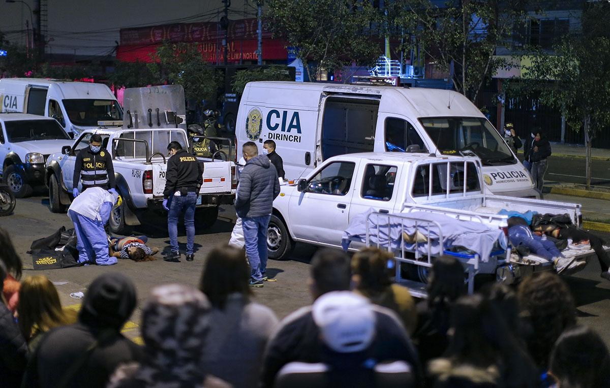 Pérou: bousculade mortelle dans une discothèque pour fuir la police
