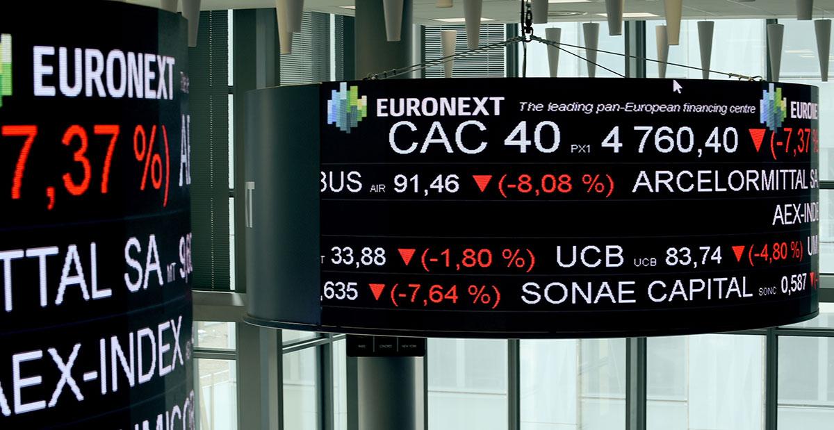 Pandémie: les résultats cumulés des sociétés du CAC 40 basculent dans le rouge