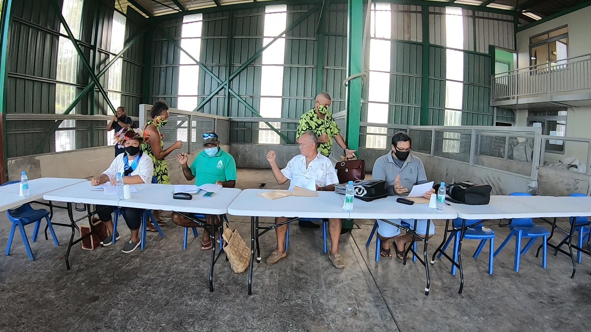 Maupiti reste au sein de la CCH