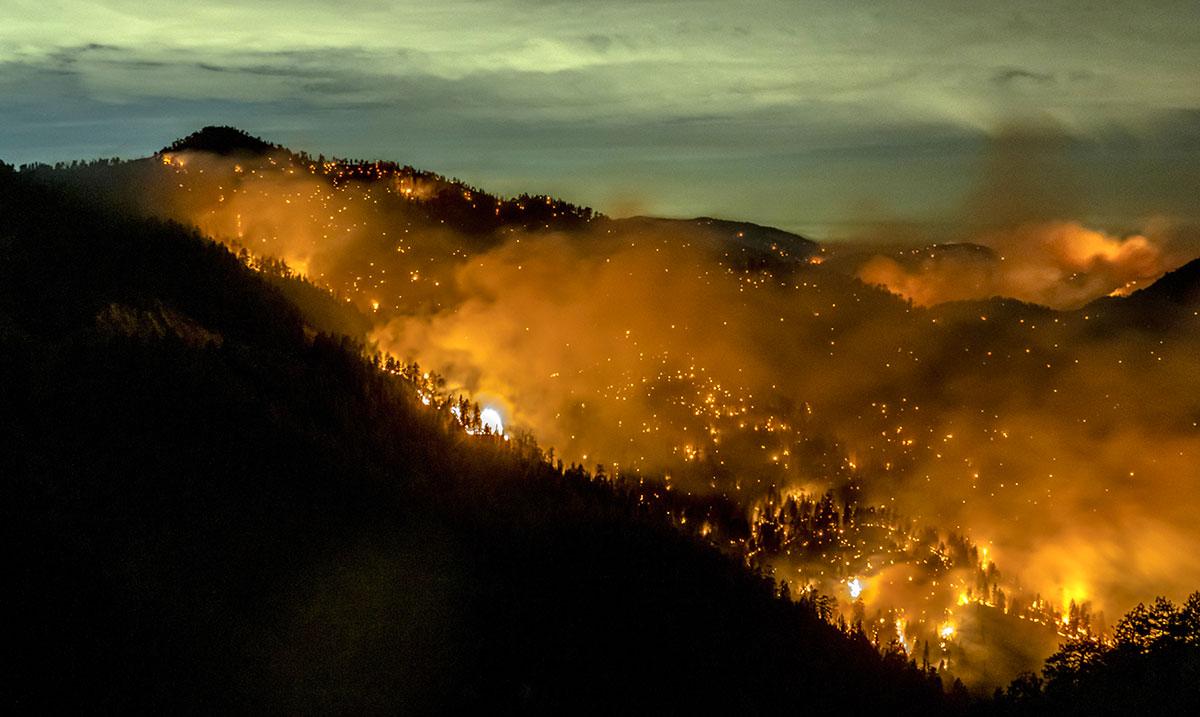 La planète ravagée par des incendies depuis un an