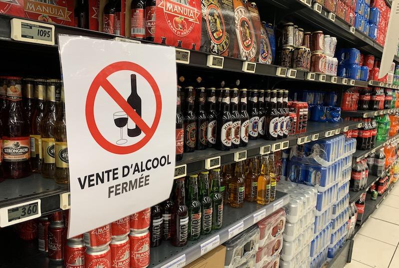 Pas de levée des restrictions sur vente d'alcool