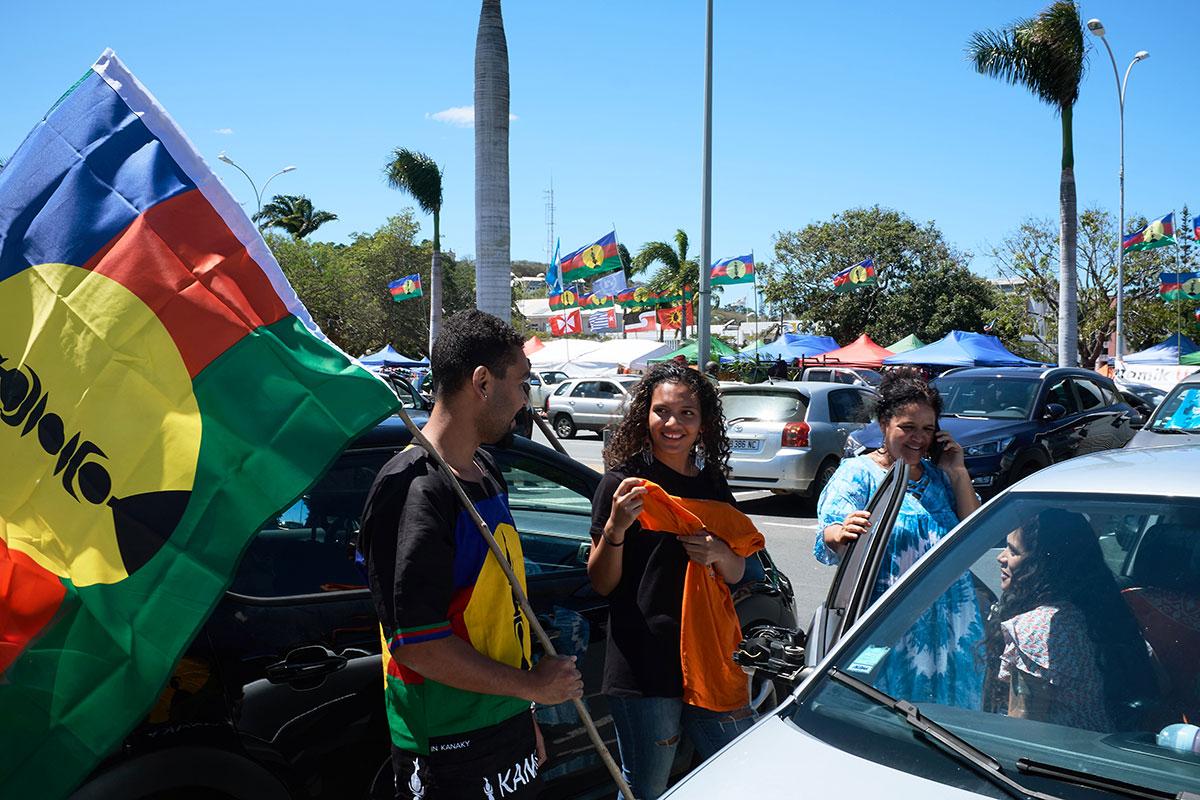 """Référendum en N-Calédonie: l'Etat éclaire le """"oui"""" et le """"non"""""""