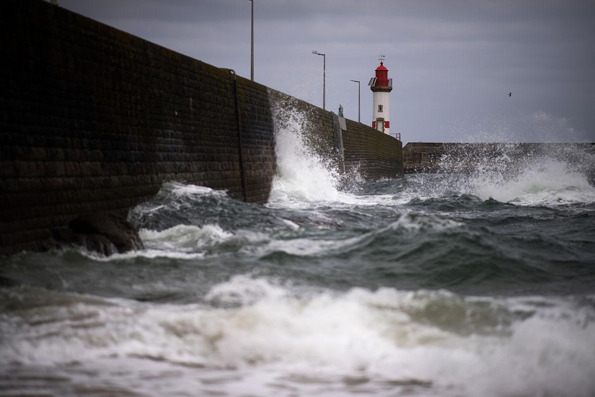 Tempête Alex: le Morbihan en vigilance rouge, selon Météo-France