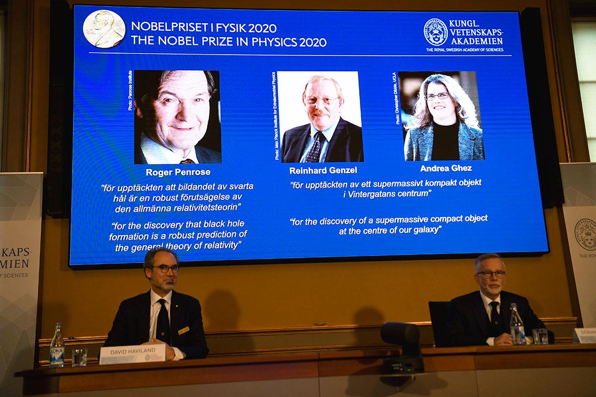 """Le Nobel de physique à un trio d'experts des """"trous noirs"""""""