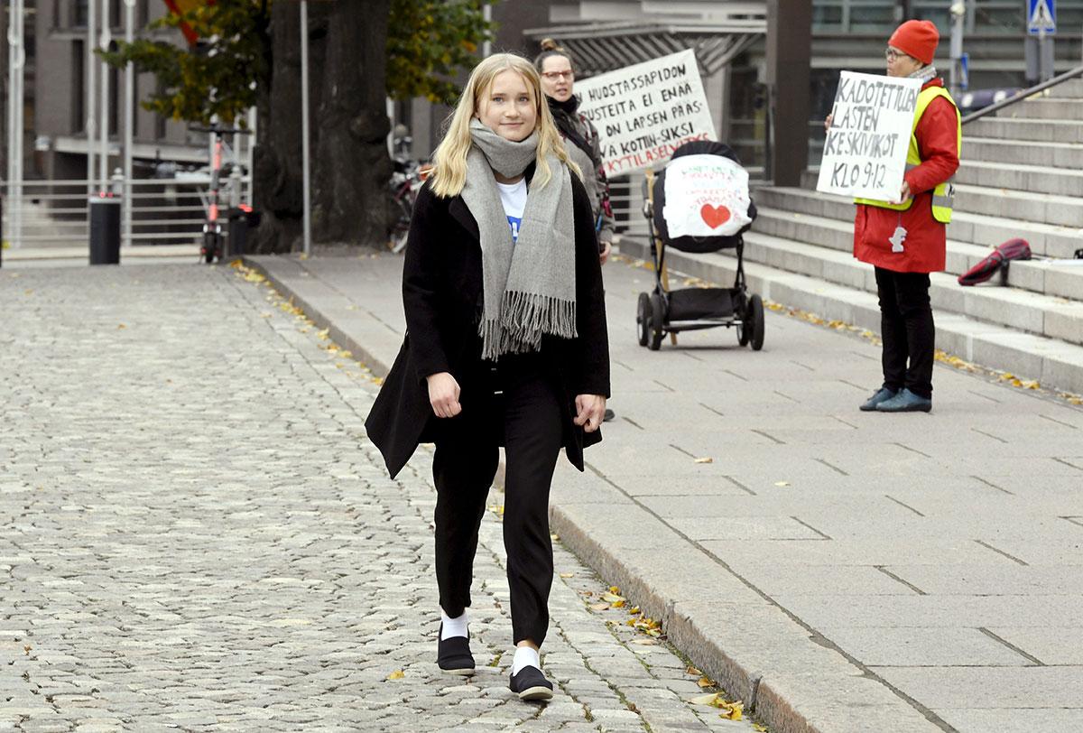 Une ado à la tête du gouvernement finlandais pour la journée