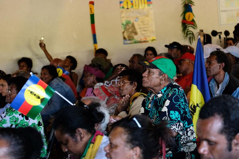 """Nouvelle-Calédonie: le FLNKS """"ira au troisième référendum"""" pour l'indépendance"""