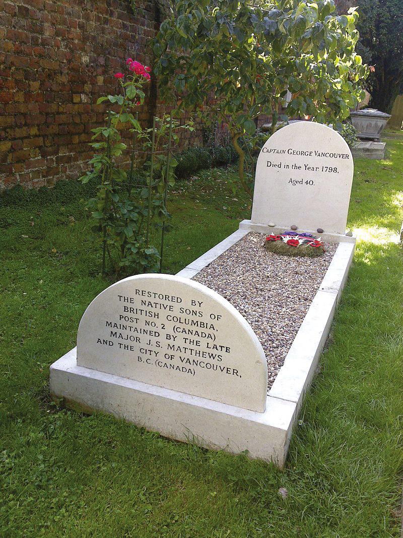 La tombe de Vancouver devant l'église de Petersham en Grande-Bretagne, là où il est mort à seulement 40 ans.
