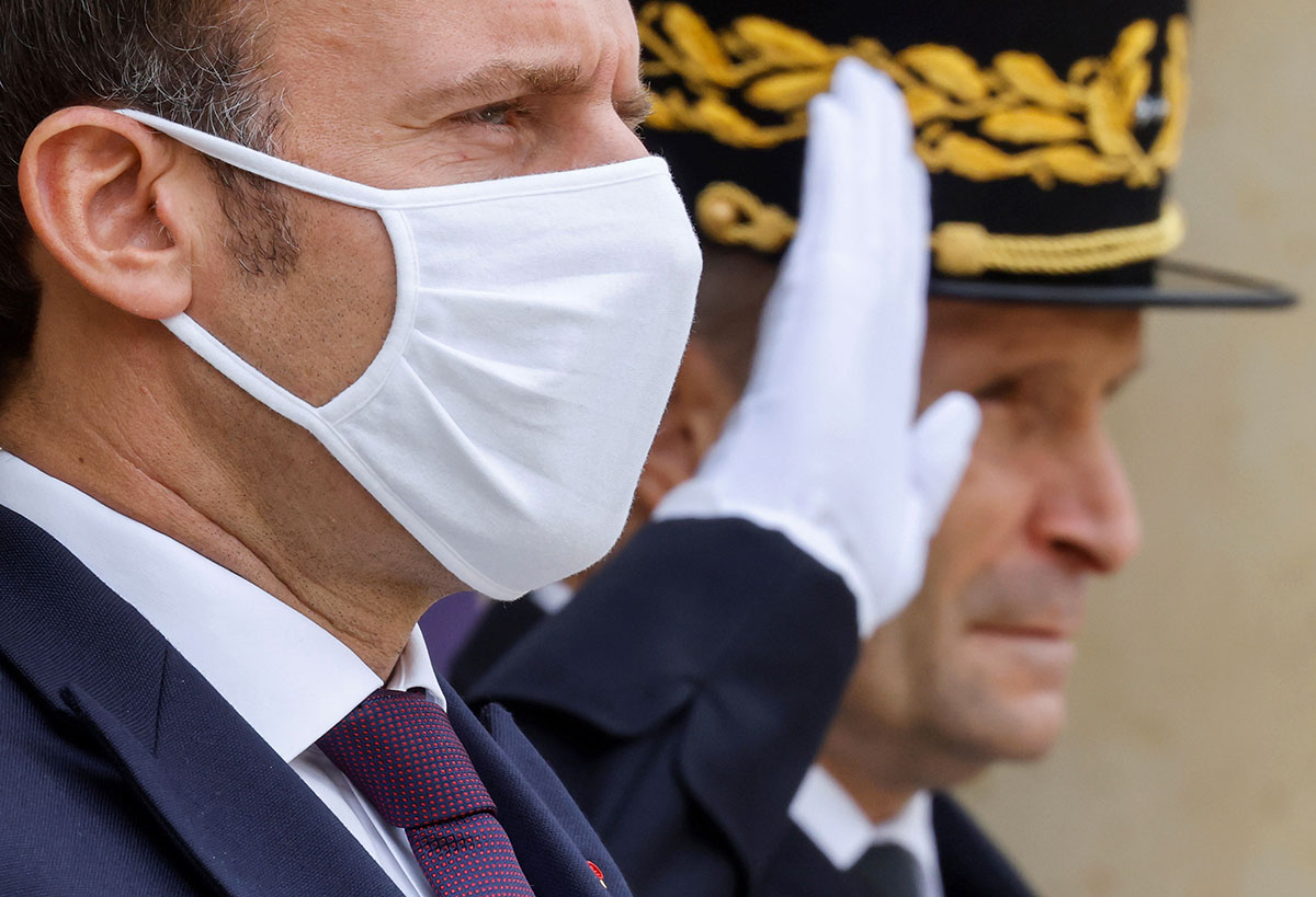 Macron monte au front dans la lutte anti-islamiste