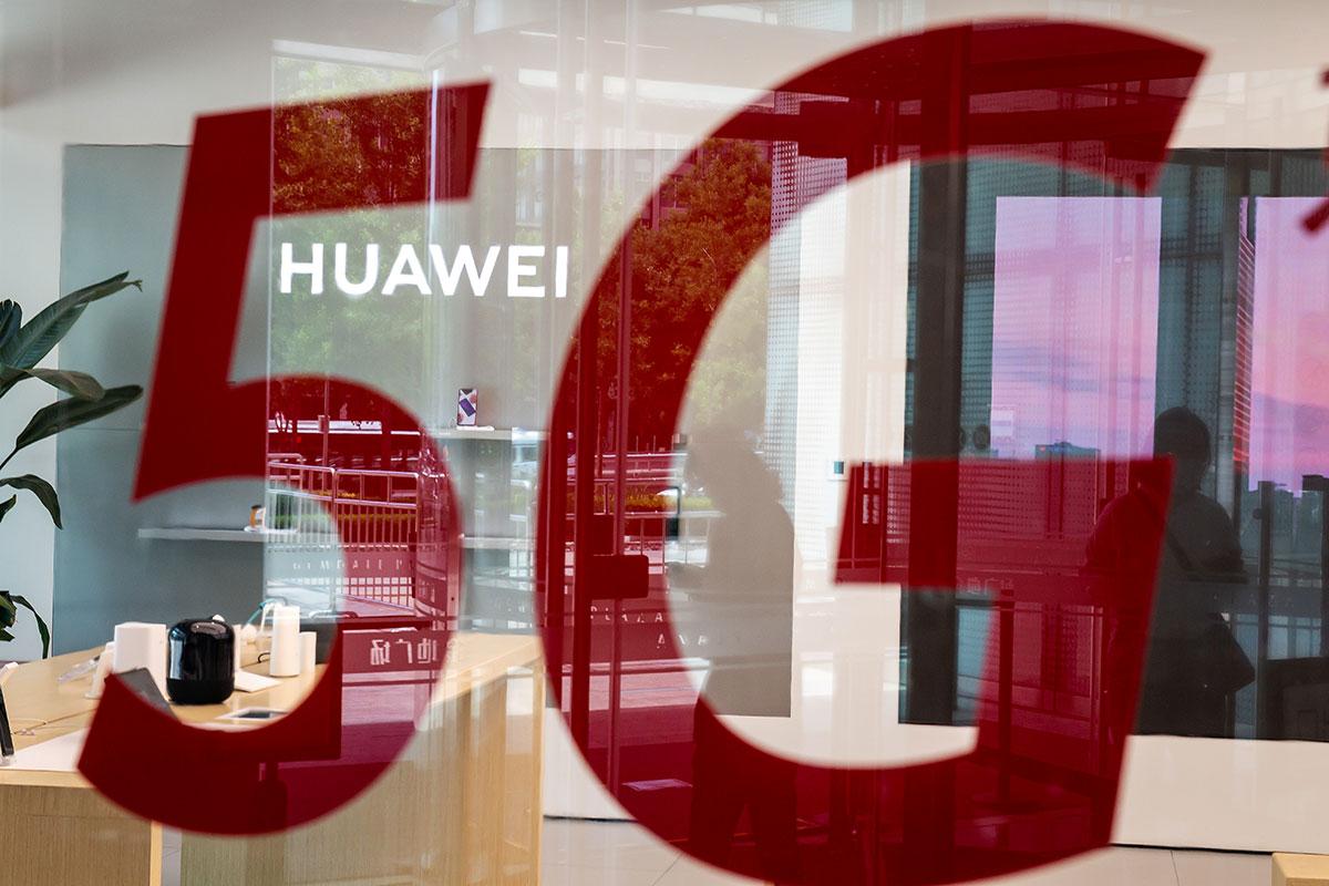 Après le Royaume-Uni, la Suède bannit à son tour Huawei de son réseau 5G