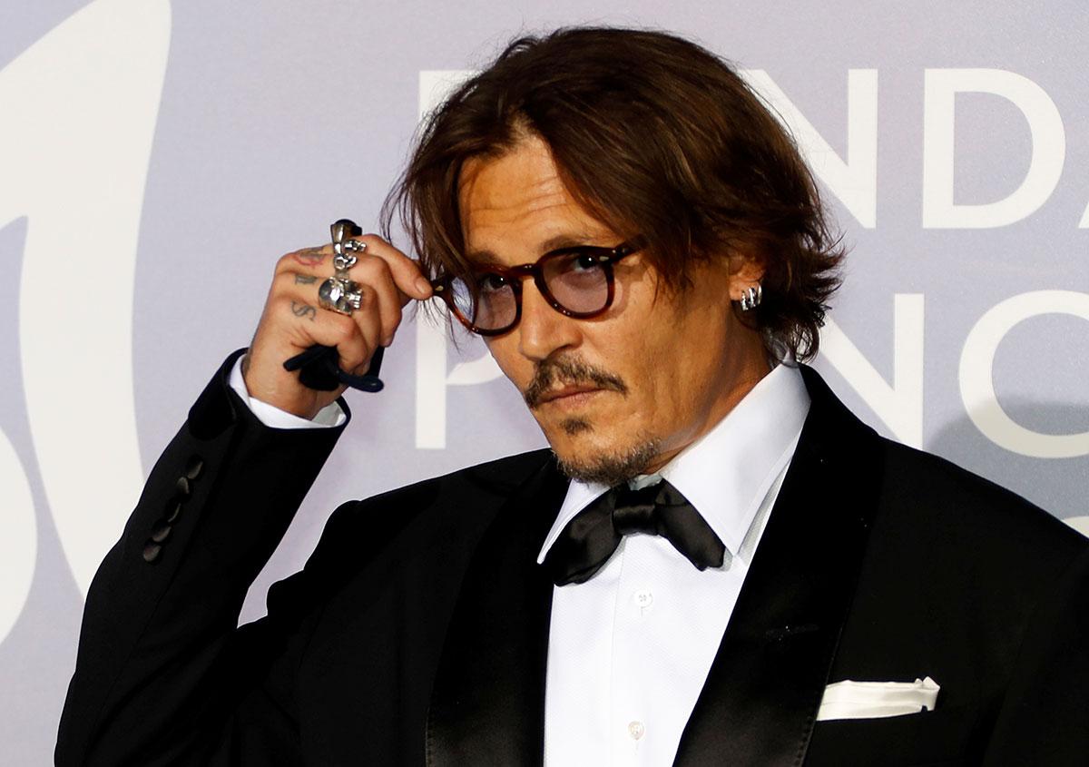 Jugement lundi au procès du Sun, poursuivi pour avoir qualifié Johnny Depp de mari violent