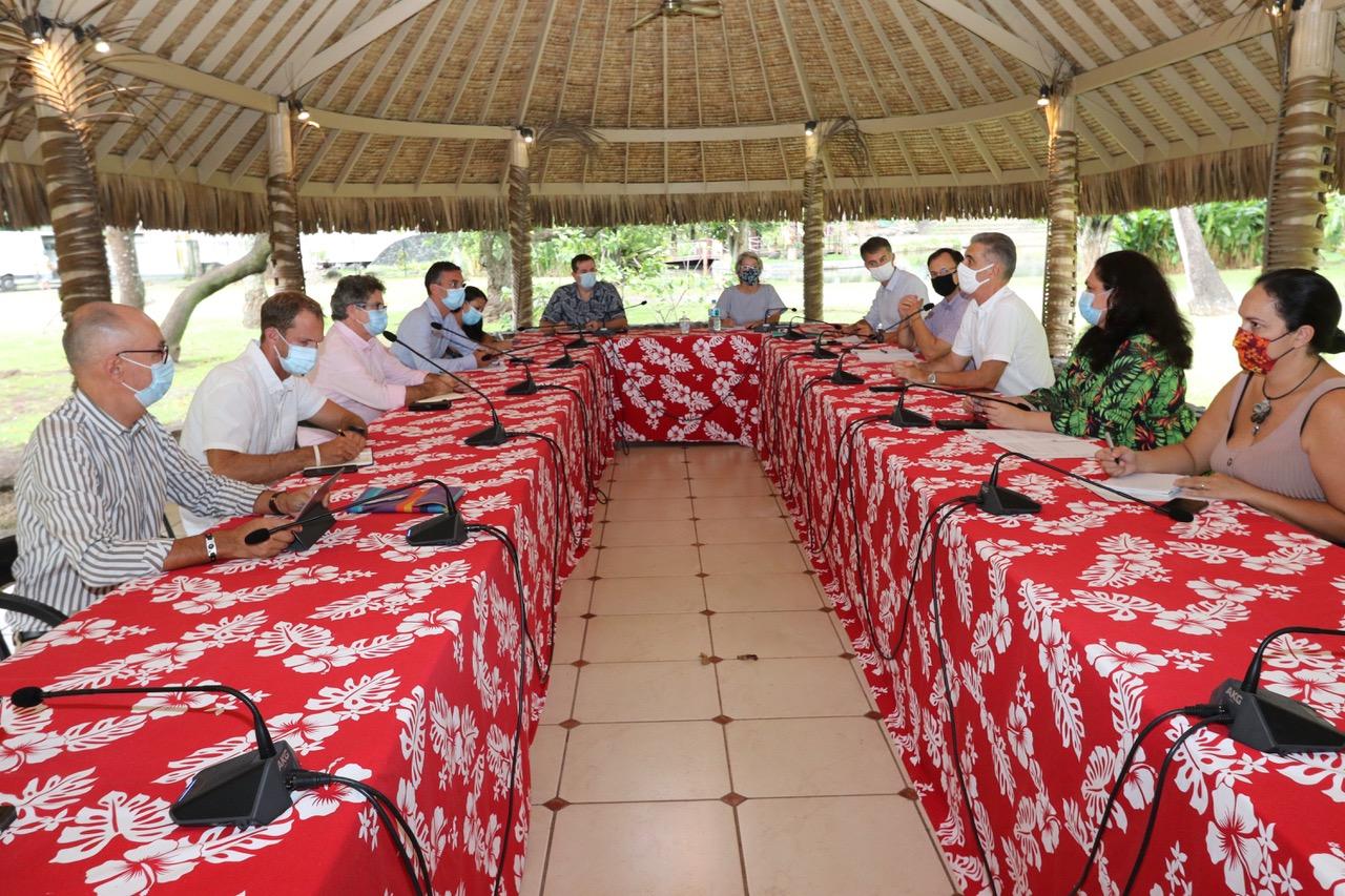 Déplacements vers la Polynésie : le haussaire rappelle la règle