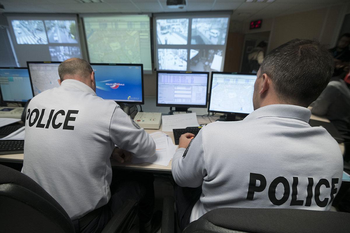 """""""Mon commissariat.fr"""": la police lance sa plateforme numérique"""