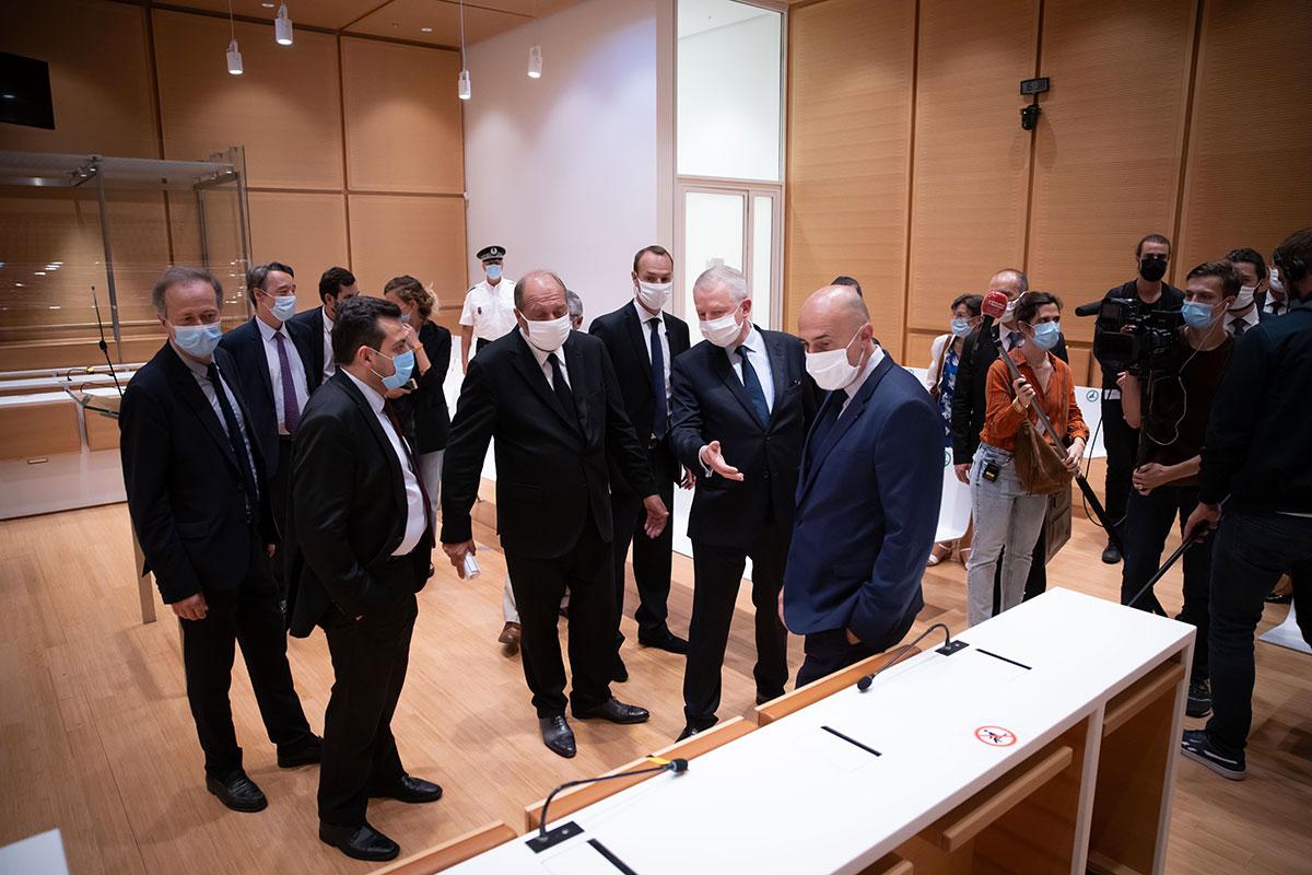 Gestion du Covid-19: le parquet de Paris annonce avoir ouvert quatre informations judiciaires