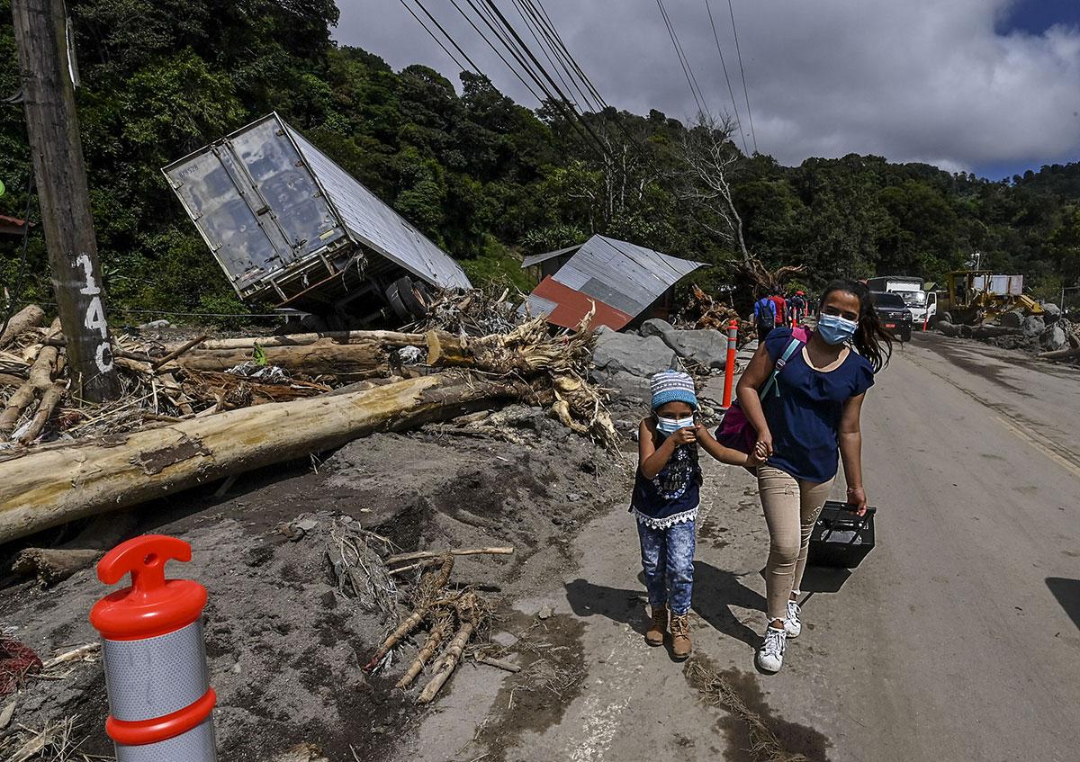 """Amérique centrale: le cyclone Eta a """"dévasté la vie"""" de plus d'un million d'enfants"""