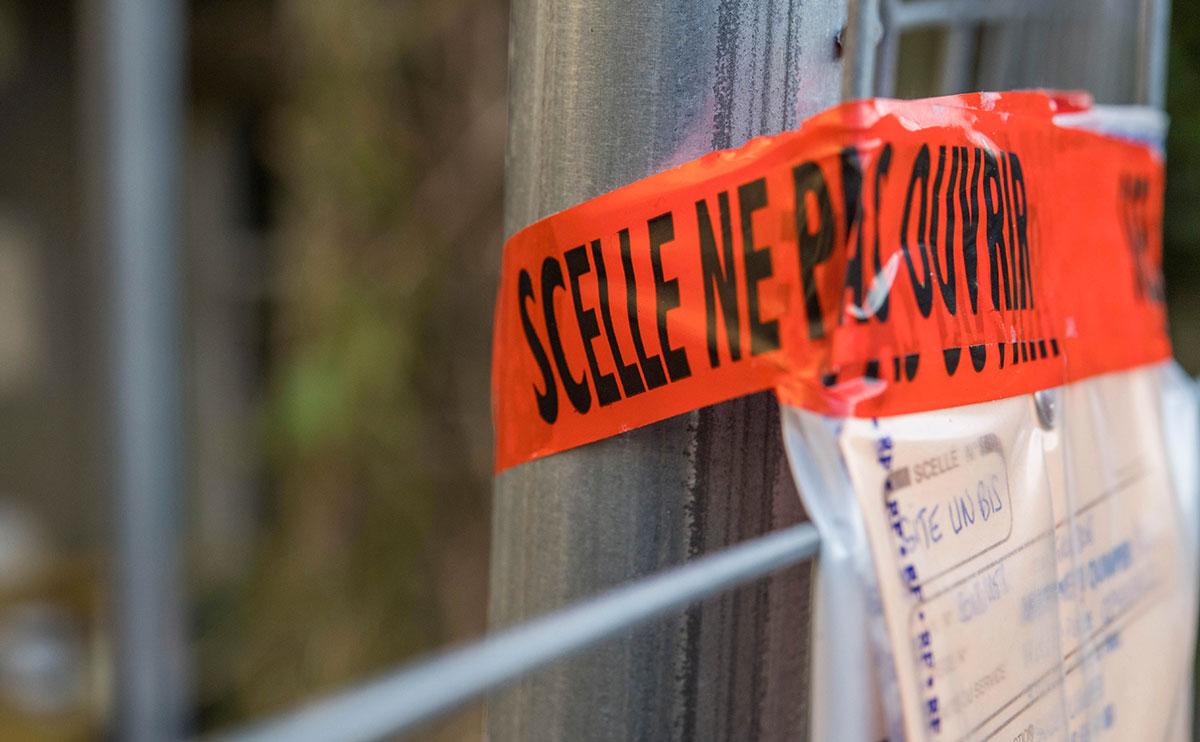 Rhône: une fillette de trois ans morte poignardée, sa mère reconnaît les faits