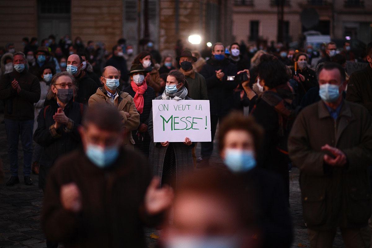 """""""Rendez-nous la messe"""": des catholiques font entendre leur voix"""