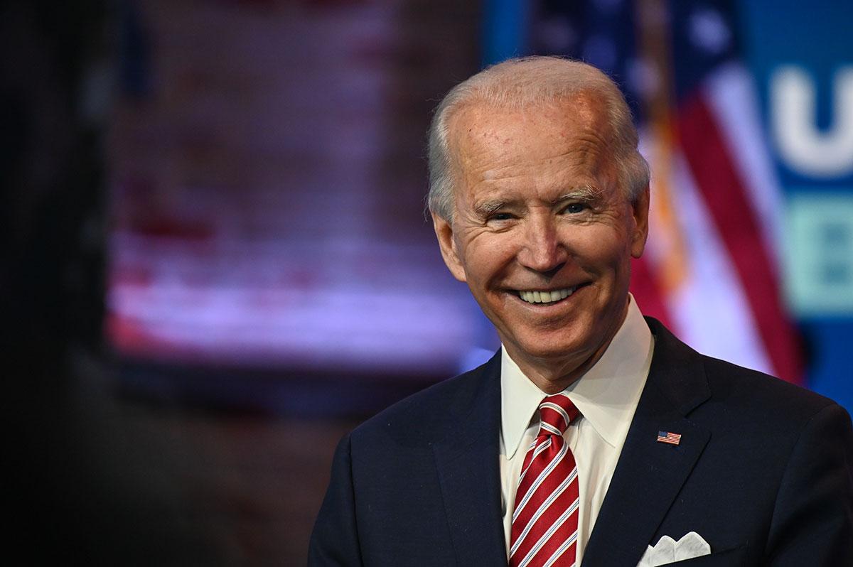 """Biden demande un plan de soutien """"immédiat"""" à l'économie"""