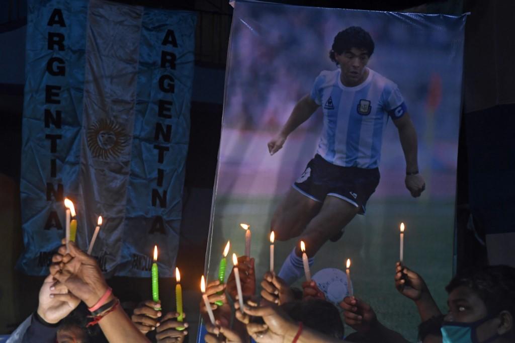 """""""Tôt ou tard, il frappait"""": Maradona vu par ses adversaires sur les terrains"""