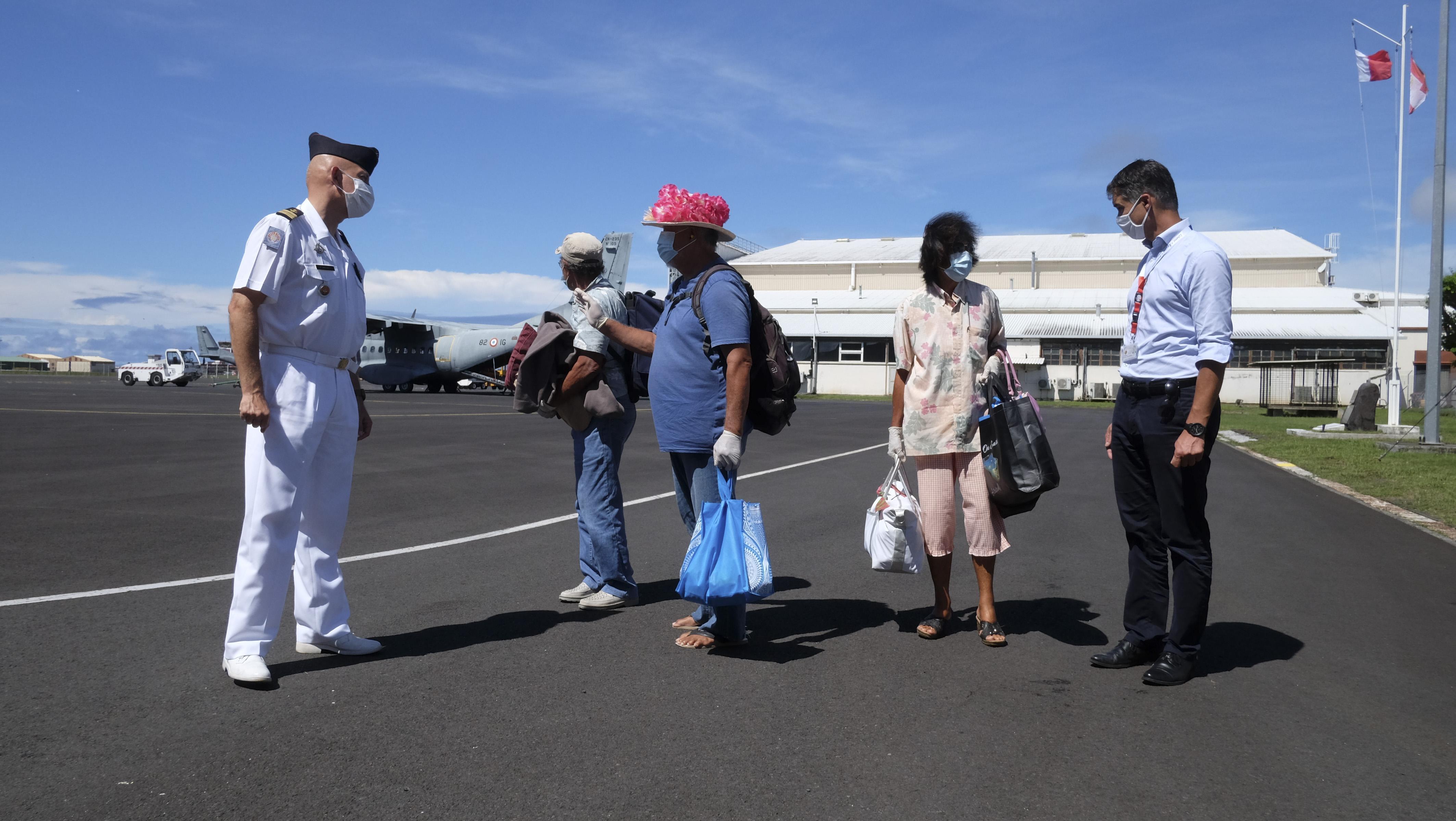 Le Casa a atterri à l'aéroport de Faa'a aux alentours de 14 heures jeudi avec à son bord les trois Polynésiens qui étaient bloqués aux îles Cook depuis mars.