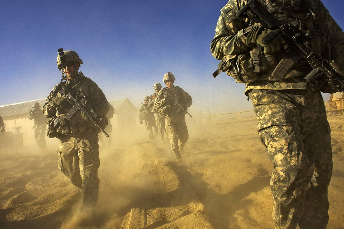 """Loin du cyborg, l'armée française veut un """"soldat augmenté"""" éthique"""